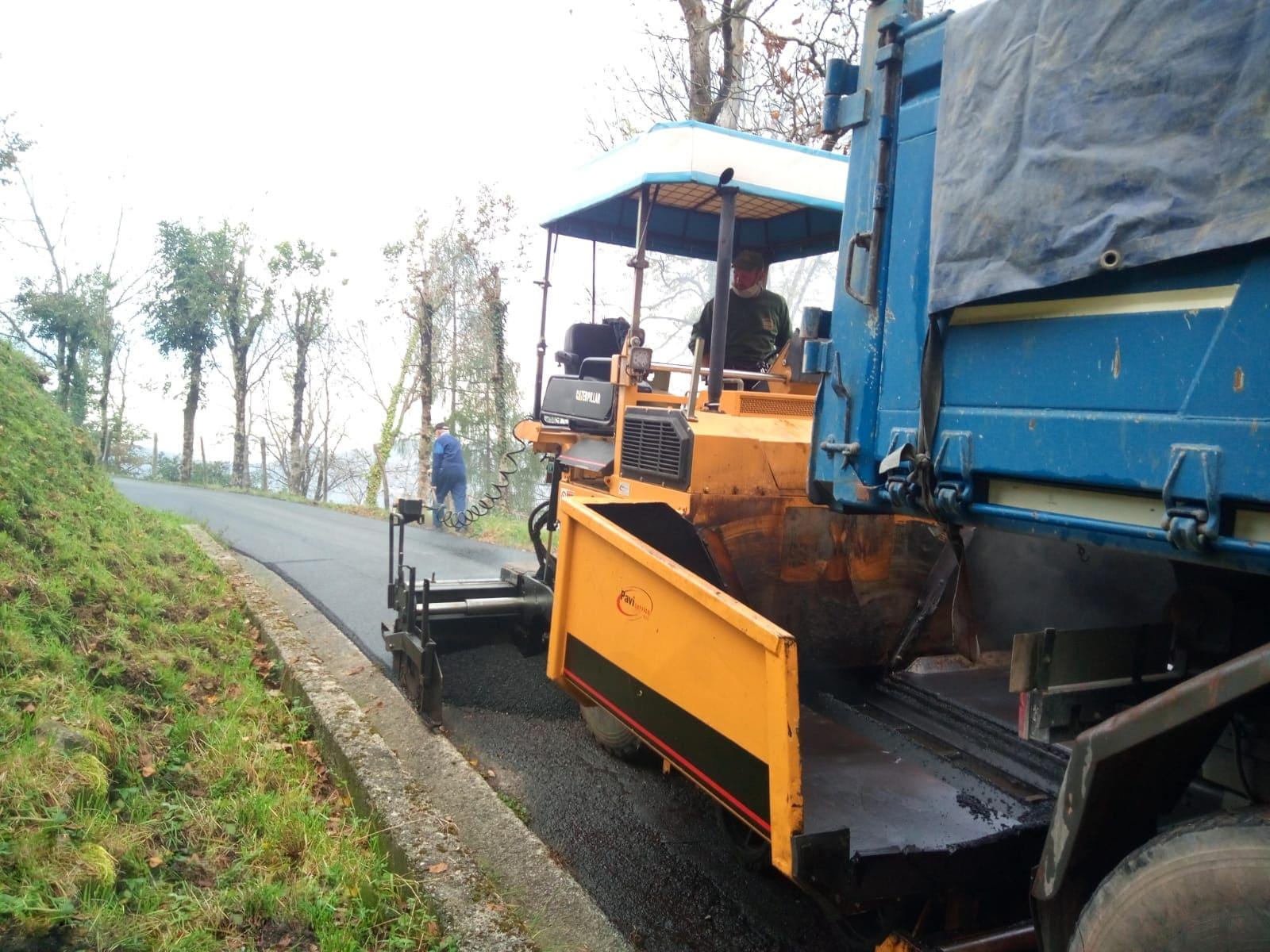 sistemazione asfalti Sant'Omobono - 2