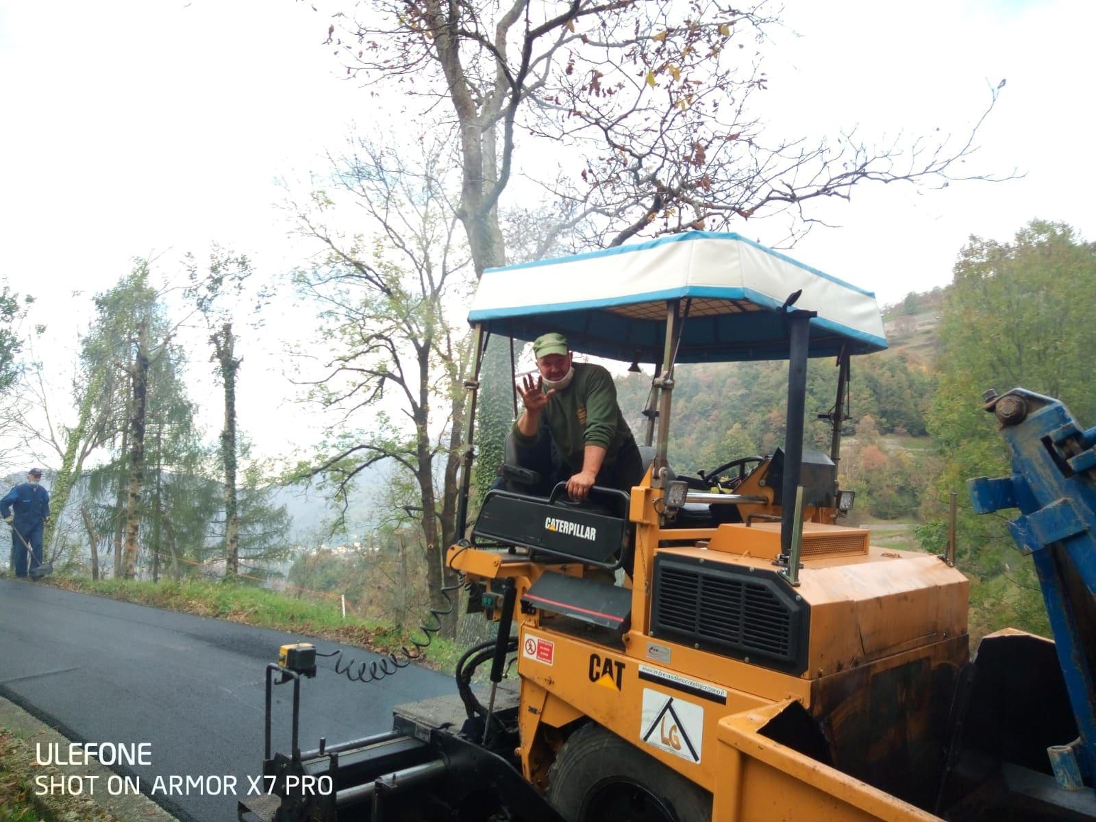 sistemazione asfalti Sant'Omobono - 3