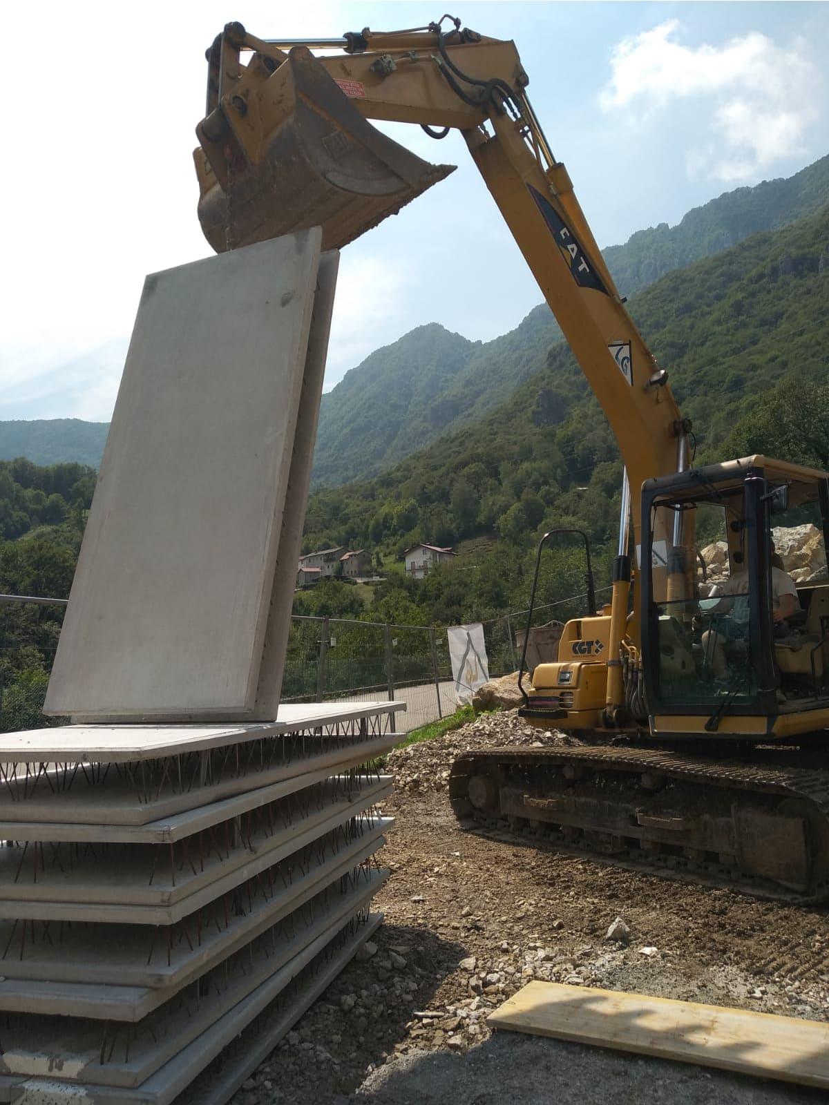 Riqualificazione edificio esistente Sant'Omobono - 2